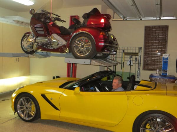 1-Säulen Parkhebebühne | Quad-Motorrad Parklift | Hebebühne